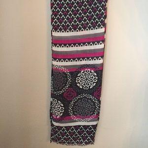 Vera Bradley scarf in Canterberry Magenta pattern